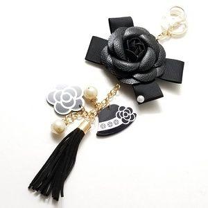 ⤵⤵Camellia Black Flower Tassel Handbag Charm